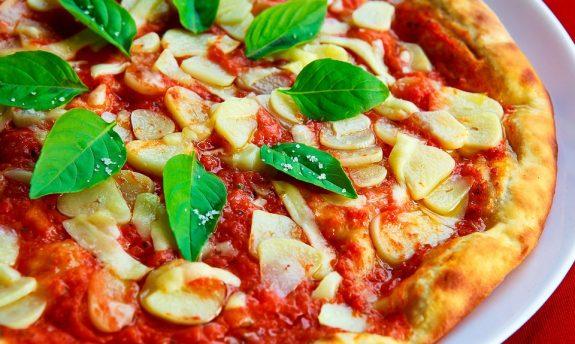 Authentic Italian Pizza Crust Recipe